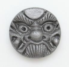 ピンバッジ(ミニ鬼瓦2.7㎝)(太陽)