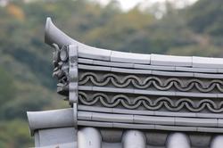 二尊院総門2.JPG